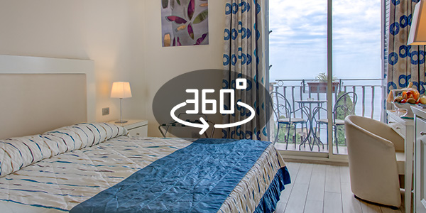 https://www.hotelaristontaormina.it/wp-content/uploads/2018/09/HotelAriston-CameraSuperior.jpg